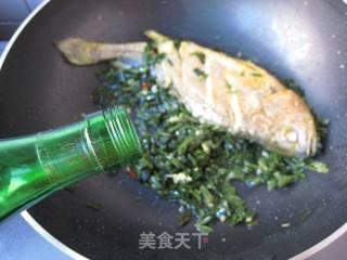 雪菜烧黄鱼的做法_雪菜烧黄鱼怎么做_菜谱
