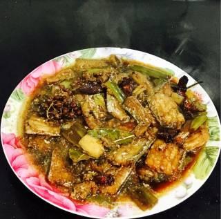 五香带鱼的做法_妈妈的味道之五香带鱼_五香带鱼怎么做_碗里姜膳的菜谱