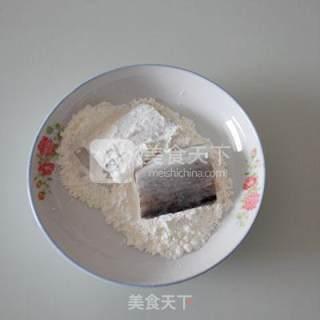 蒜香带鱼的做法_蒜香带鱼怎么做_末影的菜谱