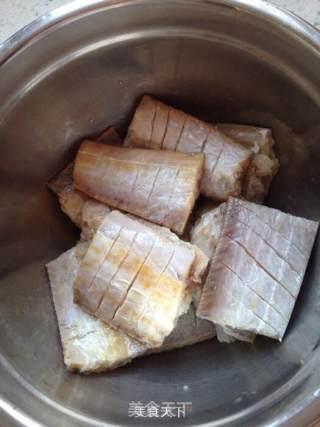 红烧带鱼的做法_红烧带鱼怎么做_小黠大痴的菜谱