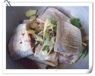 香煎带鱼的做法_香煎带鱼怎么做_菜谱