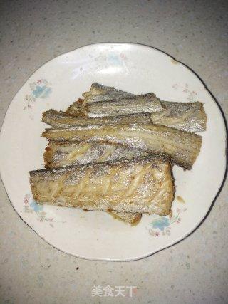 红烧带鱼的做法_红烧带鱼怎么做_小家有女初长成的菜谱