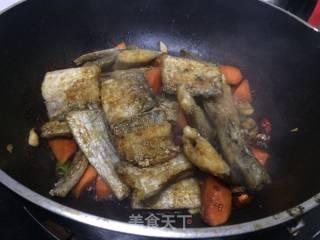 红烧带鱼的做法_红烧带鱼怎么做_丫丫八八戒的菜谱