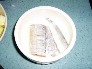 干炸带鱼的做法_酥香-----【干炸带鱼】_干炸带鱼怎么做_兰齐儿霁的菜谱