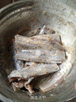 干炸带鱼的做法_干炸带鱼怎么做_菜谱