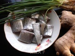 糖醋带鱼的做法_糖醋带鱼怎么做_周而明的菜谱