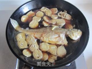 黄鱼烧霉千张的做法_黄鱼烧霉千张怎么做_斯佳丽WH的菜谱