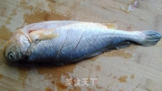 糖醋黄鱼的做法_糖醋黄鱼怎么做_小耿妈妈的菜谱