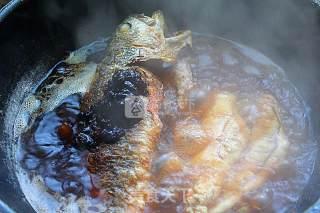 酱烧大黄鱼的做法_酱烧大黄鱼怎么做_小草根家庭美食的菜谱