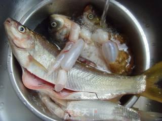 酱炖杂鱼的做法_朴实的家常味---酱炖杂鱼_酱炖杂鱼怎么做_kiss战女的菜谱
