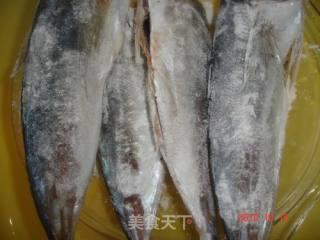 姜葱辣汁煎鱼的做法_姜葱辣汁煎鱼怎么做_菜谱