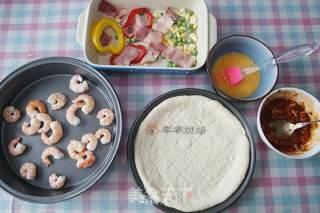 厚底鲜虾培根披萨的做法_厚底鲜虾培根披萨怎么做_零零烘焙的菜谱