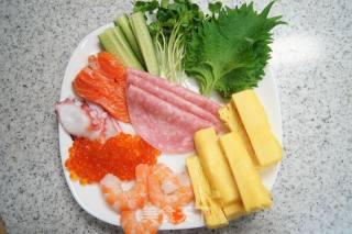 海鲜寿司手卷的做法_海鲜寿司手卷---海鲜控的福音_海鲜寿司手卷怎么做_MOMOCOOK的菜谱