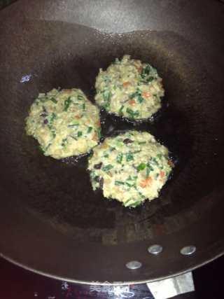 萝卜香菇煎饼的做法_萝卜香菇煎饼(五花饼)_萝卜香菇煎饼怎么做_鹭鹭飞的菜谱