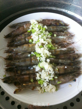 蒜蓉蒸虾的做法_蒜蓉蒸虾怎么做_菜谱