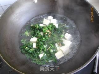 荠菜豆腐汤的做法_荠菜豆腐汤怎么做_A苹果小厨的菜谱