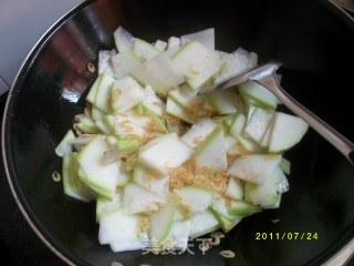 虾米炒葫瓜的做法_虾米 炒 葫瓜_虾米炒葫瓜怎么做_菜谱