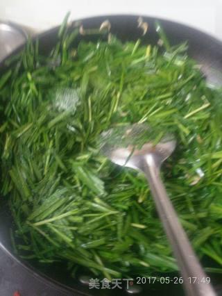 韭菜炒虾米的做法_韭菜炒虾米怎么做_蔡肴的菜谱