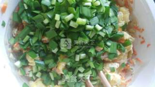 韭菜鸡蛋虾米盒子的做法_韭菜鸡蛋虾米盒子怎么做_木子LULU6107的菜谱