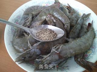 黑胡椒炒大虾的做法_黑胡椒炒大虾怎么做_尔东叶的菜谱