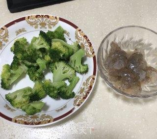 鲜虾西兰花的做法_鲜虾西兰花怎么做_蓝雨阳光780913的菜谱