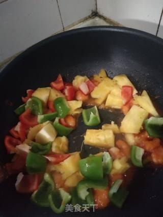 菠萝咕噜虾的做法_菠萝咕噜虾怎么做_巫小帅的菜谱