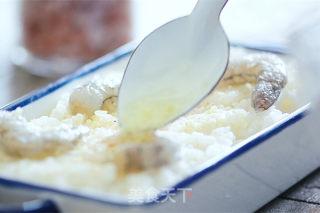 凤梨虾烤饭的做法_凤梨和虾一起烤的饭_凤梨虾烤饭怎么做_格丽思小厨房的菜谱