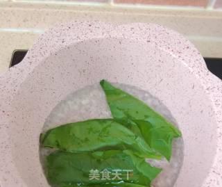 虾仁菠菜面的做法_虾仁菠菜面怎么做_最初的最美❤的菜谱