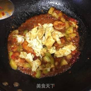 鱼香丝瓜虾仁鸡蛋的做法_鱼香丝瓜虾仁鸡蛋怎么做_ン萫芋甜訫の的菜谱