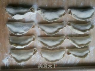 水煎包的做法_水煎包怎么做_明湖荷雅居的菜谱