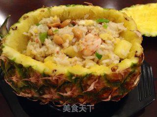 菠萝虾仁炒饭~的做法_菠萝虾仁炒饭~怎么做_蜜丝甜的菜谱