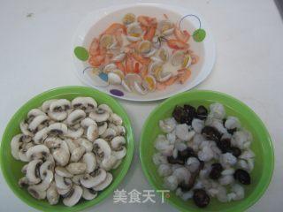 海鲜奶油蘑菇汤的做法_海鲜奶油蘑菇汤怎么做_菜谱