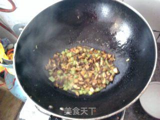 三丁烩虾仁的做法_三丁烩虾仁怎么做_菜谱