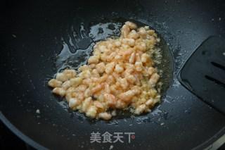 蒜茸虾仁炒豌豆的做法_蒜茸虾仁炒豌豆怎么做_火镀红叶的菜谱