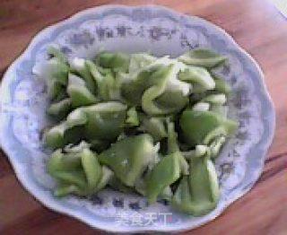 青椒炒章鱼的做法_青椒炒章鱼怎么做_菜谱