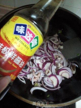 洋葱炒章鱼的做法_#信任之美#洋葱炒章鱼_洋葱炒章鱼怎么做_政妈妈的菜谱
