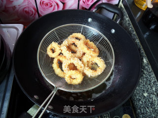 香酥鱿鱼圈的做法_香酥鱿鱼圈怎么做_紫韵千千的菜谱