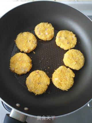 海鲜土豆饼的做法_海鲜土豆饼怎么做_悦悦玉食的菜谱