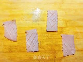 芹菜鱿鱼的做法_芹菜鱿鱼怎么做_Lucky小佳美食的菜谱