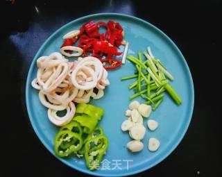 麻辣鱿鱼圈的做法_春日美食:麻辣鱿鱼圈_麻辣鱿鱼圈怎么做_一溪月的菜谱