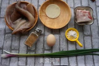 脆香鱿鱼饼的做法_脆香鱿鱼饼怎么做_食趣菜菜屋的屋的菜谱