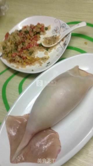 鱿鱼包饭的做法_鱿鱼包饭怎么做_边学边做边吃的菜谱