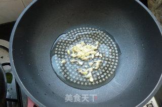 姬松茸爆炒鱿鱼丝的做法_姬松茸爆炒鱿鱼丝怎么做_火镀红叶的菜谱