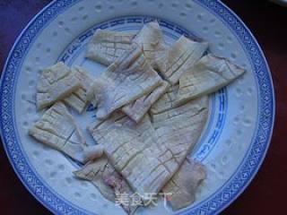 芦笋炒鱿鱼的做法_芦笋炒鱿鱼怎么做_万山红的菜谱