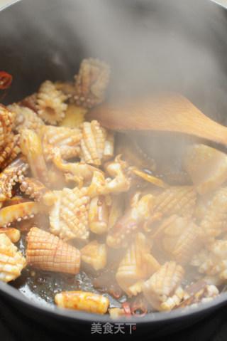 酱爆鱿鱼的做法_酱爆鱿鱼怎么做_蜜糖厨房的菜谱