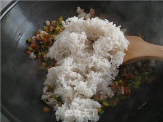 五色炒花饭的做法_五色炒花饭怎么做_菜谱