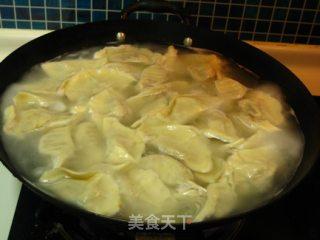 白菜三鲜水饺的做法_白菜三鲜水饺怎么做_菜谱