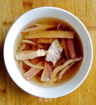 莴笋炖鱿鱼肚条的做法_【莴笋炖鱿鱼肚条】_莴笋炖鱿鱼肚条怎么做_多元中心的菜谱