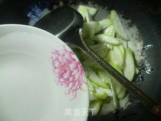 鱿鱼炒夜开花的做法_鱿鱼炒夜开花怎么做_花鱼儿的菜谱