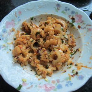 凉拌鱿鱼的做法_凉拌鱿鱼怎么做_水青青的菜谱